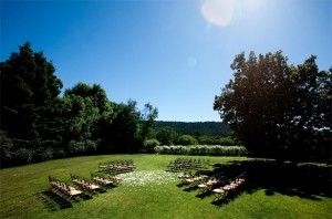 Wedding-ceremony-seating-ideas-2-300x198